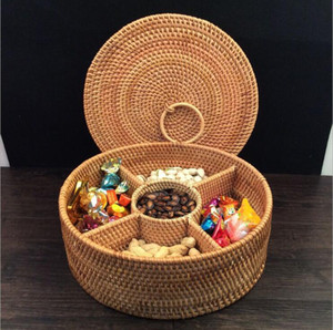 Autumn Rattan Hand-Woven Fruit Dried Plate Storage Basket,Divided Candy Snack Separated Tray Storage box,Desktop Dresser Valet Organizer