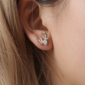 Wholesale Fashion cute animal Antlers stud earrings alloy material deer horn earring stud summer hot style women jewelry for Christmas
