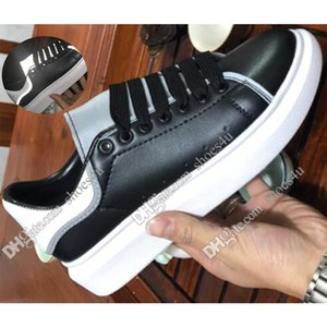 Wholesale Black White Platform Classic Casual Shoes Casual Sports Skateboarding Shoes Mens Womens Sneakers Velvet Heelback Dress Shoe Sports Tennis