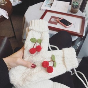 Wholesale 2019 Autumn And Winter Korean Version Of The Thick Warm Cherry Gloves Fashion Womens Wool Knitted Mittens
