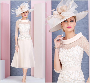Wholesale tea length pink wedding gown resale online - Light Pink Chic Mother Of The Bride Dresses Scoop Neck Long Sleeves Prom Dress Tea Length Lace Formal Wedding Guest Gowns Cheap