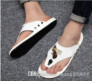 Fashion summer men's sandals men's leather beach fashion men's shoes Korean version slippers British shoes fashion style