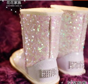 Wholesale Flower family custom handmade gemstone rhinestone pearl claw drill chain double color sequins pink tube winter snow boots