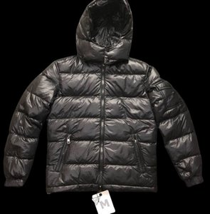 Wholesale Mens Designer Down Coat Luxury Thick Windproof Jacket Casual Winter Outdoor Warm Hooded With Tag Label PARKAS