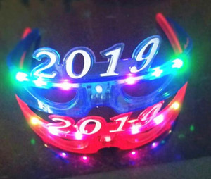 Wholesale 2019 New Year Creative Head Brand Flash Light Fashion Hair Band LED Glasses Toy Plastic Christmas Party Cheer Props