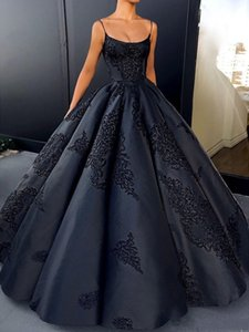 Ball Gown Dark Navy Evening Dresses Spaghetti Straps Appliques Satin Backless Saudi Arabic Vintage Prom Dresses on Sale