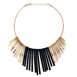 Wholesale Metal Exaggerated Tassels Metal Collar Necklaces Scrub Pendants For Women Large Fashion Necklaces