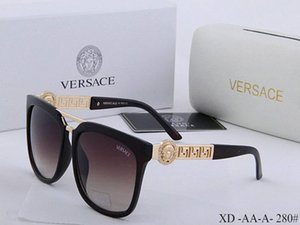 2019 New Top fashion UV 400 Protection Italy Brand Designer Gold Chain Tyga Medusa wish Sunglasses Men Women Casual Sun glasses Box @5252