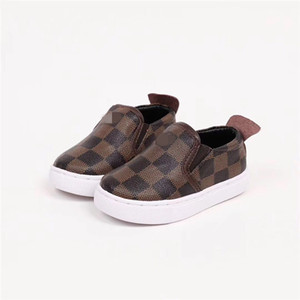Kids Designer Shoes 2019 Fashion Toddler Baby Boys Girls Sneakers Infant Nowborn Classic Checks PU Leather Shoes High Quality Leisure Shoes on Sale