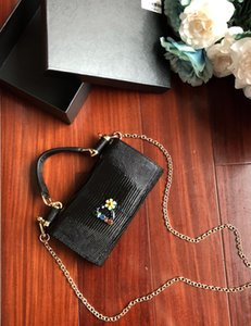 Wholesale 2019 NEW classic series Lizard Flower Lady Evening bags Interlayer Clamp zipper Genuine Leather Solid Simple fashion Mini bag Candy colour