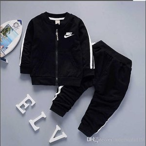 Wholesale 2019 brand baby boys and girls tracksuits kids tracksuits kids T shirts pants sets kids clothing hot sell new fashion summer