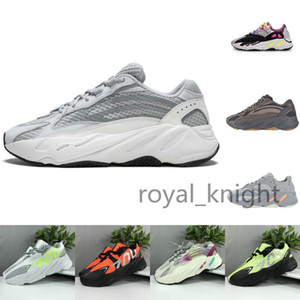 2019 New Kanye West 700 V2 Running Shoes Mens Trainers Wave Runner 700s Mauve Inertia Geode Womens Designer Sports Sneakers Size 36-45 on Sale