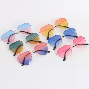 Heart Shaped Sunglasses WOMEN metal Reflective lens Fashion sun glasses big girls Anti-UV Cute Designer glasses C6189