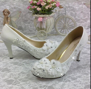 Wholesale Women s wedding shoes white flowers pearl crystal wedding diamond bridal shoes super high heeled lace round head waterproof platform