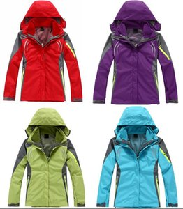 Hot sell Women outdoor wind and waterproof jacket warm breathable ski suits mountaineering camping yards Jacket Outdoor Clothes Outerwear