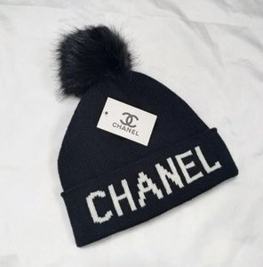 Wholesale Designer Hats Brand Sup Beanie Winter Warm Hat Beanibes For Women And Men Casquette Acrylic Words Cap A637