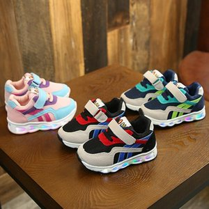 2019 New Luminous Sneakers Children Shoes With Light Glowing Sneakers Children Casual Shoes With Light Up Shoes For Boys Y190523 on Sale