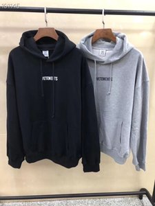 Wholesale 2019 Spring Summer Vetements Big Washing Label Fashion Casual Wear Hooded men women designer clothing Cotton Long Sleeve Hoodie