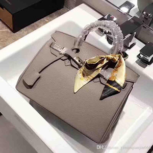 Wholesale and retail Classic Fashion style Women handbags shoulder bags messenger bag Lady Totes bags GG698533 on Sale