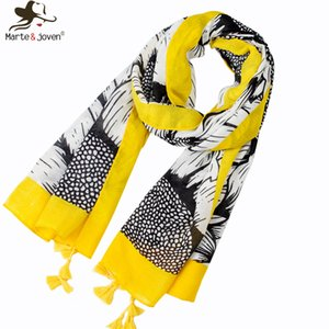 Wholesale Marte Joven Fashion Art Floral Sunflower Printing Spring Autumn Scarf for Women Elegant Yellow Tassel Long Polyester Shawl Hijab