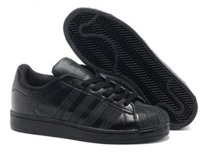 sport shoes roller shoes on Sale