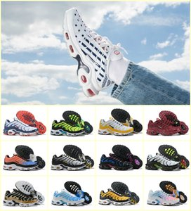 Wholesale Sales 2019 Original Mens Tn Sports Shoes Air Tn Plus Chaussures Requin Designer Fashion Women Breathable Mesh Luxury jogging Casual Sneaker