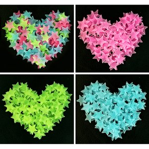 Wholesale 1000pcs cm Star Shaped Luminous Plastic Stickers for House Party Kid Room Decoartion Club Night Wall Window Sticks DIY Photo Prop