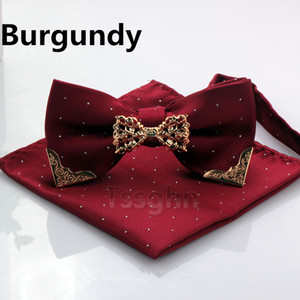 2019 Men Stripe Pocket Squares and Bow Tie Set With Gold Metal Handkerchief Hankies Suit Navy Blue Square Gentlemen Bridesgroom Groomsman on Sale