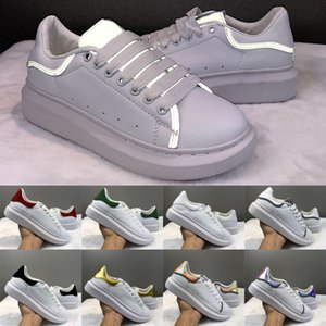 Wholesale Daily Casual Shoes Luxury Designer Men Women Platform Gold Lace UP Leather Flat reflective white Wedding Party Suede Sports Sneakers