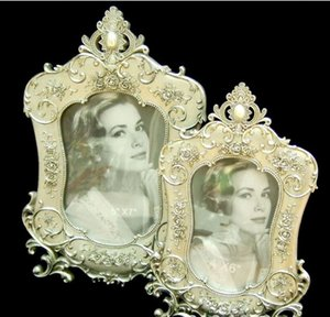 6.9x9.5Inches Ornate Baroque Retro Vintage Pictures Frame Wedding Photo Frames Made of Metal and HD Glass Shabby Chic Table Top Decoration on Sale