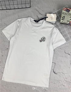 Wholesale 19ss fashion brand design MC chest embroidery logo round neck T shirt men s women s fashion comfortable trend street wear outdoor