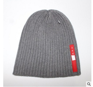 Wholesale Fashion Winter Hats Woman warm Hat Designer Hats Cute Girls Beanie Outdoors Cap Hat Brand Folds Casual Hats