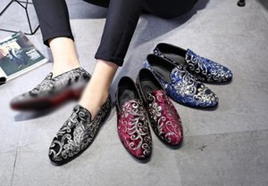 Wholesale Men Classic Style Dress Fashion Casual Shoes Rhinestone Party Casual Leisure Part Shoes