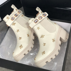 Wholesale grain belt resale online - 2021 Women Leather Laureate Platform Desert Boot Martin Boots White Embroidered Bee Star Trail Ankle Boot Winter Boot Heel Height with belt