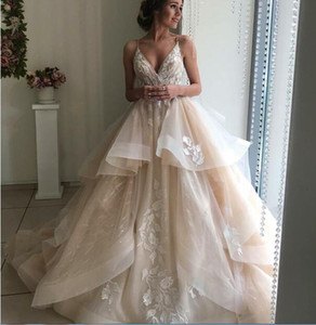 2019 New design Vintage Wedding Dress champagne color ball gonw Spring Bridal Gowns high quality Vestido De Noiva on Sale