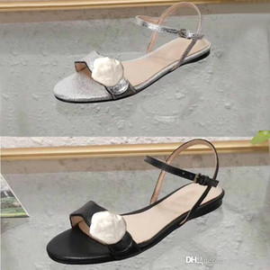 Wholesale Classic lady sandals Buckle Metal buckle leather Flat bottom Beach woman shoes Designer Luxury woman Sandals Black Large size us11
