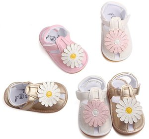 Wholesale summer baby sandal flower design fashion comfort soft rubber sole