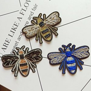 Wholesale Bee Iron On Patches For Clothing Embroidery Applique DIY Hat Coat Dress Pants Accessories Cloth Sticker