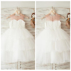 2019 Jewel Tulle Ball Gown White Tiered Flower Girls Dresses Lace Appliques Formal Kids Birthday Party Gowns Cheap 3D Flowers Adorned on Sale