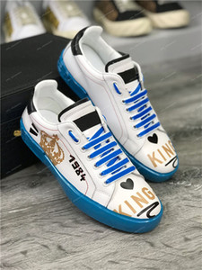 2019 Fashion Luxury Designer Men Women Leather Sneakers Best Quality Lace Up Casual Shoes Cheap Trainers Graffiti Embroidery Shoes