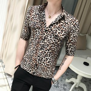 Wholesale 2019 New Korean Clothes Men Summer Half Sleeve Men Casual Shirts Sexy Leopard Print Front Double Pocket Slim Fit Shirt Dress