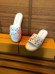 2019 luxe off High quality white men's sandals printing fresh natural daily home bath non-slip wearable