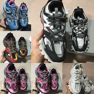 Wholesale new fashion Triple S Track Trainers men s sports running shoes designer Clunky sneakers black orange ladies walking luxury Paris dirty