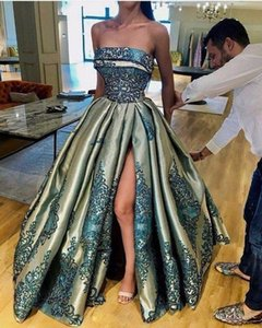2020 Vintage Strapless Puffy Skirt Evening Dresses Sexy Split Lace Stain Dubai Arabic Ruffles Occasion Ball Gown Prom Dress Custom Make on Sale