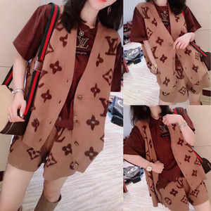 2020 web celebrity same style vest cardigan with shorts new vest jacket knit vest shorts two-piece dress women