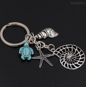 Wholesale Conch Octopus Starfish Turquoise Sea Turtle Keychain Summer Beach Small Animals Key Ring Vintage Silver Key Chain Jewelry Gift Souvenirs