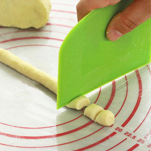 Creative Cream Spatula DIY Pastry Cutters Fondant Dough Scraper Cake Cutter Pastry Baking Tool Kitchen Accessories