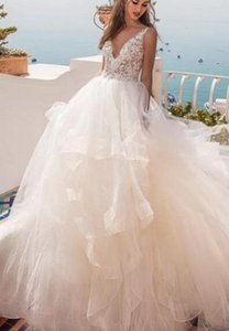 Cheap Cascading Ruffles Designer Wedding Dresses V Neck Layers Puffy Skirts Bridal Gowns 2019 Custom Made on Sale