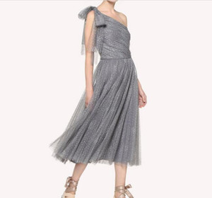 Wholesale Three color party dance party bridesmaid dress toast clothing mesh yarn flocking wave point Europe and America shoulder bow woman