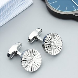 Wholesale 1 Pair Crystal Shell Pattern Cufflinks for Men Shirt Jewelry Cuff Links With Gift Box Hawson